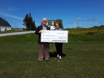 IGA Awards Community Grants in the St. Anthony Area